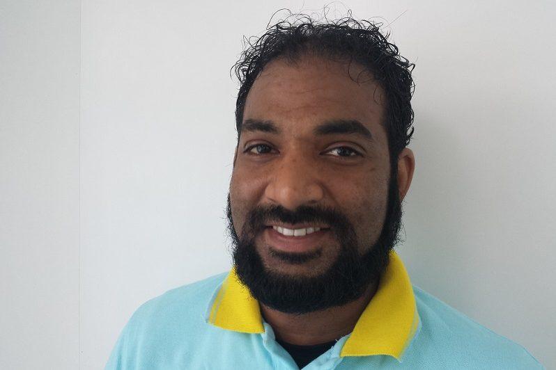 S. Akbar prothese technicus