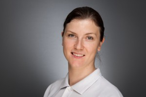 Een portretfoto van tandarts Tatjana Sukeviciene-Pecnikova van tandartspraktijk DentalZorg te Zaandam.