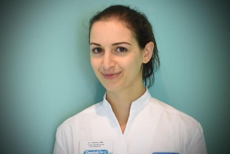 O. Tryfonos Parodontoloog Implantoloog